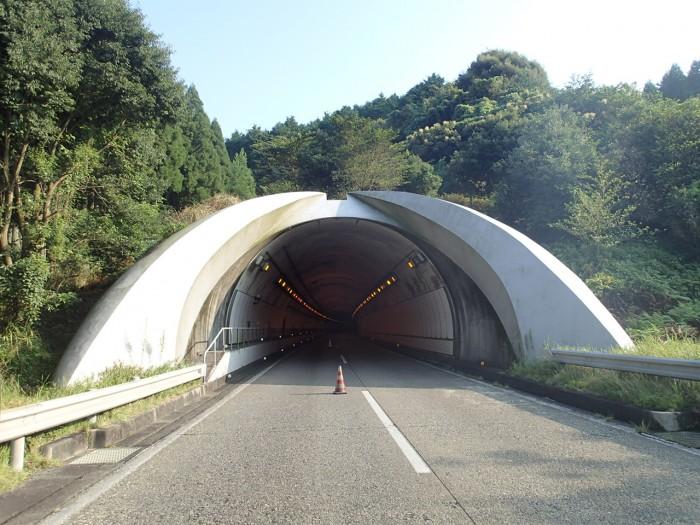 加久藤・肥後トンネル補修工事
