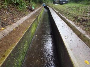 水路補修工 施工前