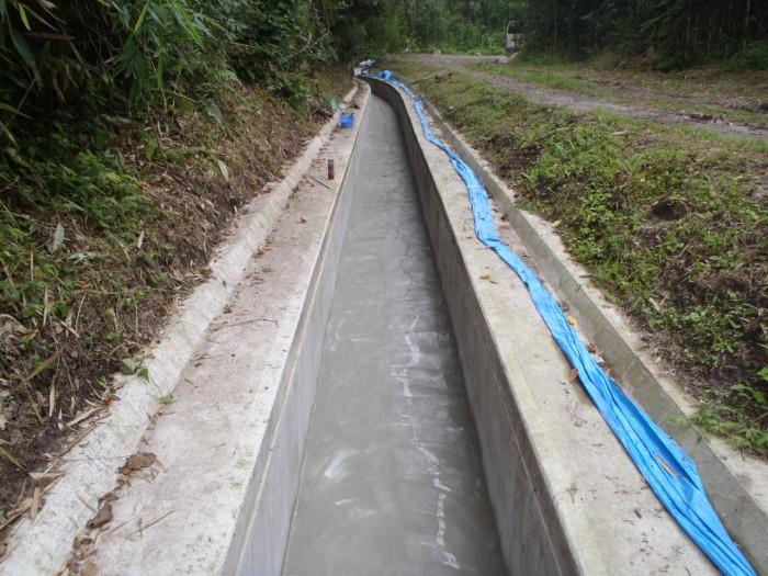 水路補修工 完了