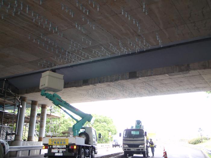 九州自動車道加治木橋床版補修工事
