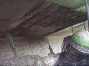 断面修復工(吹付け工法)  ポリマーセメントモルタル吹付け状況